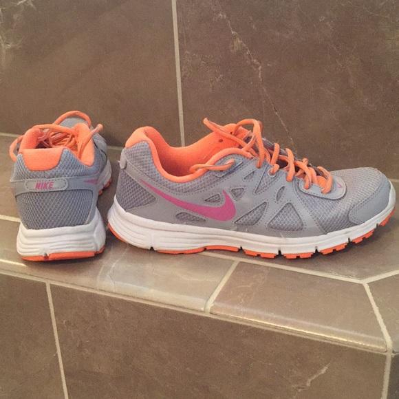 6c148af5 Nike revolution 2 women's running shoes size 8